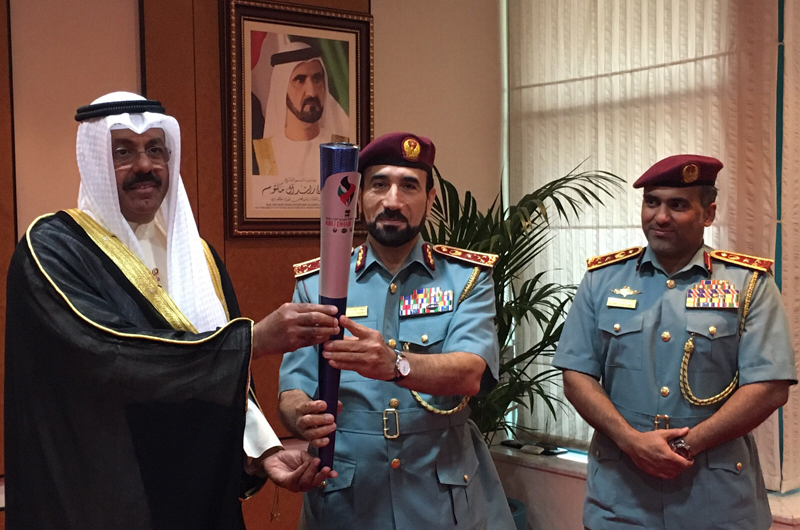 meeting-dubai-torch-handed-over-delegation-nov-2015-11-30-20.04
