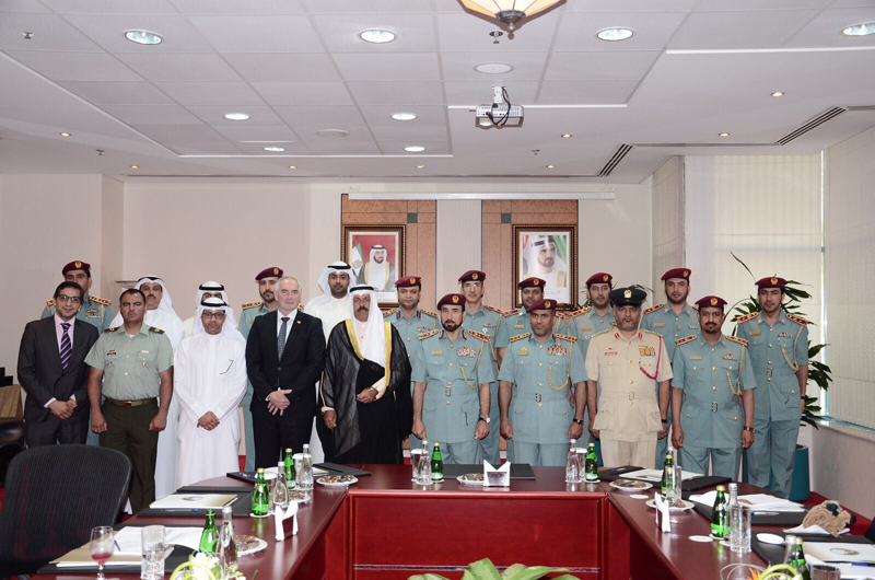 meeting-dubai-torch-handed-over-delegation-nov-20154